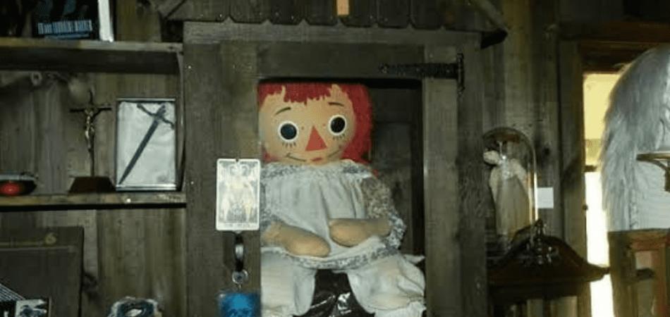 Los Warren muñeco