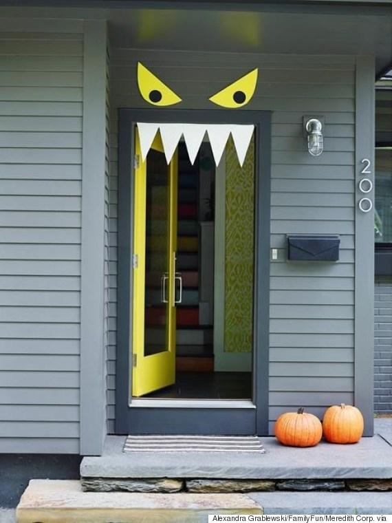 decoraciones para puertas en halloween