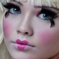 Maquillaje de muñeca tierna